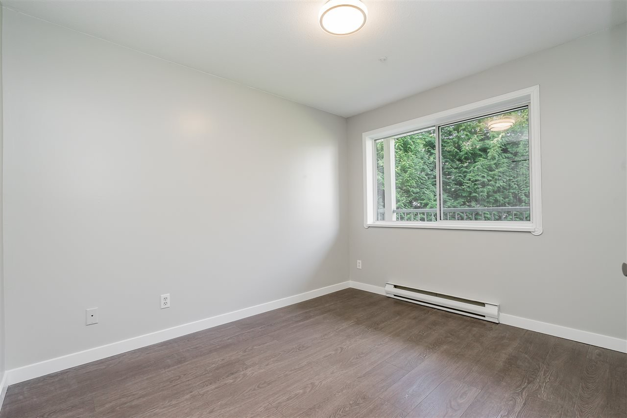 """Photo 13: Photos: 120 2451 GLADWIN Road in Abbotsford: Abbotsford West Condo for sale in """"Centennial Court"""" : MLS®# R2441924"""