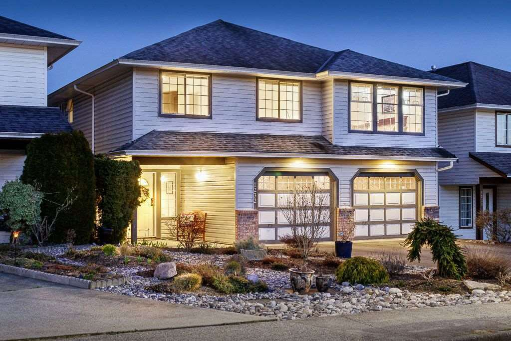 """Main Photo: 1232 LINCOLN Drive in Port Coquitlam: Oxford Heights House for sale in """"HYDE PARK ESTATES"""" : MLS®# R2445958"""