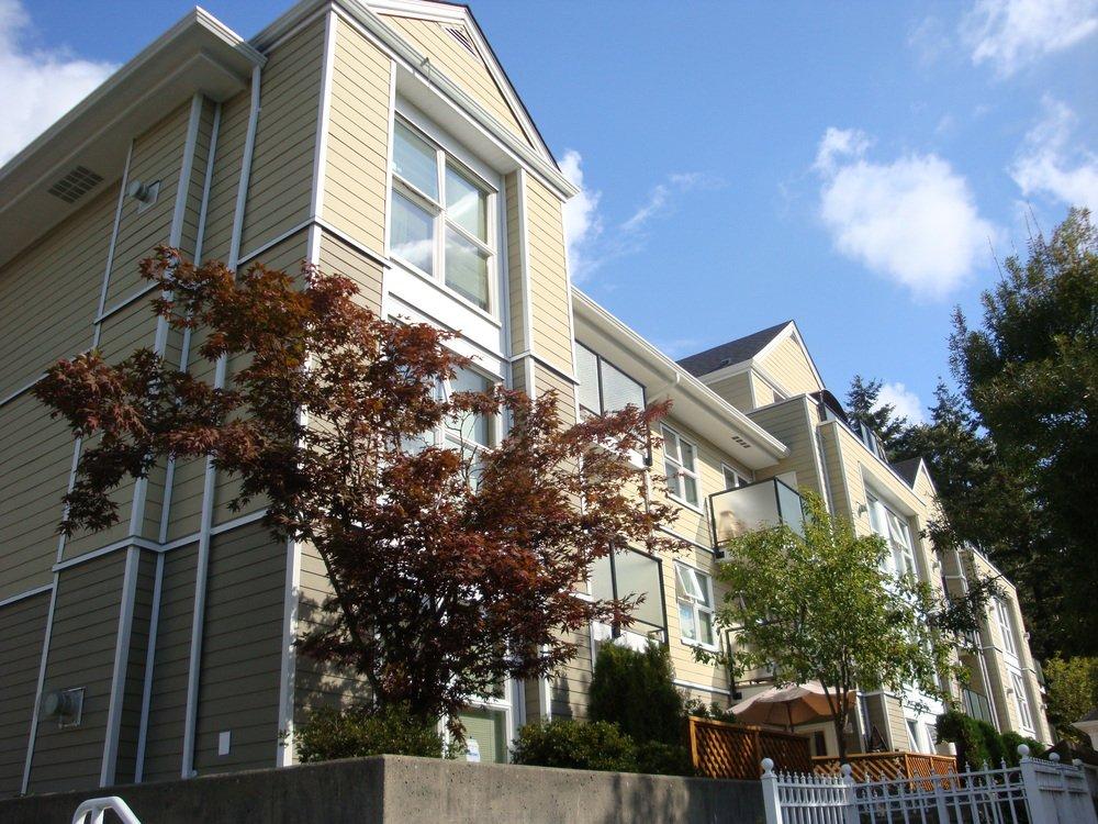 Main Photo: 206 1519 Grant Avenue in The Beacon: Home for sale