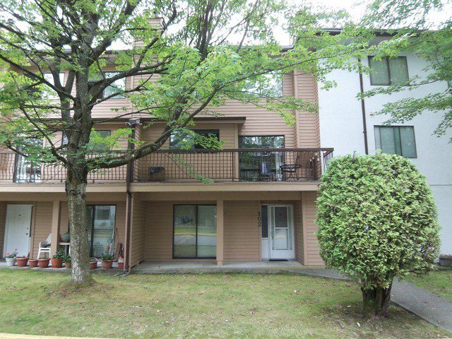 """Main Photo: # 102 7120 133RD ST in Surrey: West Newton Townhouse for sale in """"SunCreek Estates"""" : MLS®# F1321663"""