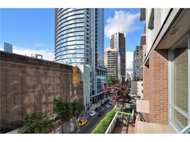 Photo 12: Photos: # 606 565 SMITHE ST in Vancouver: Downtown VW Condo for sale (Vancouver West)  : MLS®# V1086466