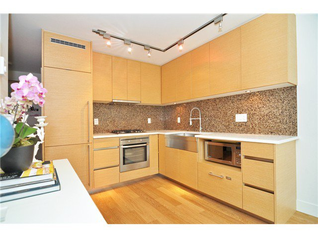 Photo 4: Photos: # 606 565 SMITHE ST in Vancouver: Downtown VW Condo for sale (Vancouver West)  : MLS®# V1086466