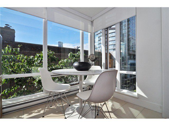 Photo 7: Photos: # 606 565 SMITHE ST in Vancouver: Downtown VW Condo for sale (Vancouver West)  : MLS®# V1086466