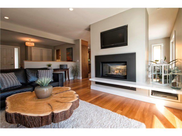 Photo 8: Photos: 1390 Emerson Way in NORTH VANCOUVER: Blueridge NV House for sale (North Vancouver)  : MLS®# v1052096