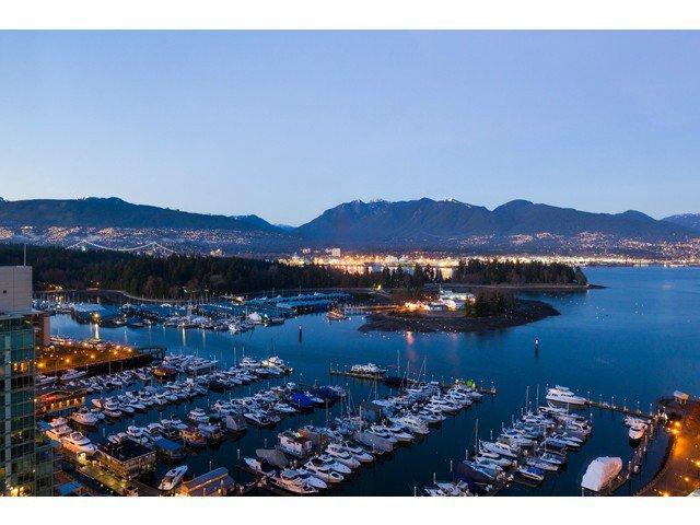 Main Photo: 2403 555 Jervis Street in Vancouver: Coal Harbour Condo for sale (Vancouver West)  : MLS®# v1045488