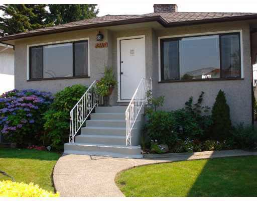 Main Photo: 3216 VENABLES STREET in Vancouver: Renfrew VE House for sale (Vancouver East)  : MLS®# R2028467