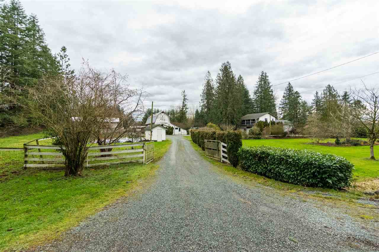 Main Photo: 932 240 STREET in Langley: Otter District House for sale : MLS®# R2232971