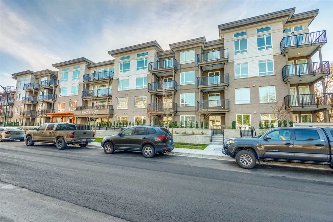 """Main Photo: 311 2382 ATKINS Avenue in Port Coquitlam: Central Pt Coquitlam Condo for sale in """"Parc East"""" : MLS®# R2418133"""