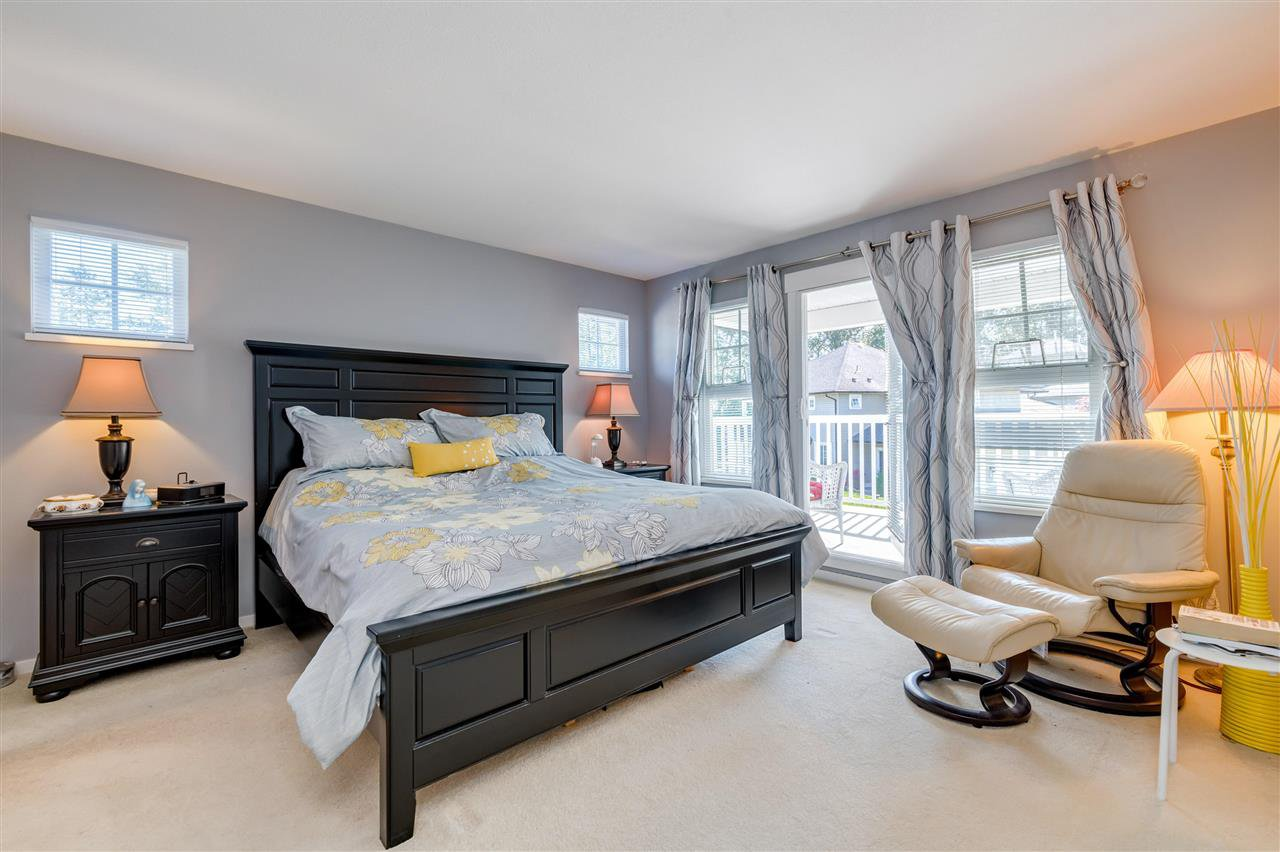"""Photo 18: Photos: 31 19452 FRASER Way in Pitt Meadows: South Meadows Townhouse for sale in """"Shoreline"""" : MLS®# R2476702"""