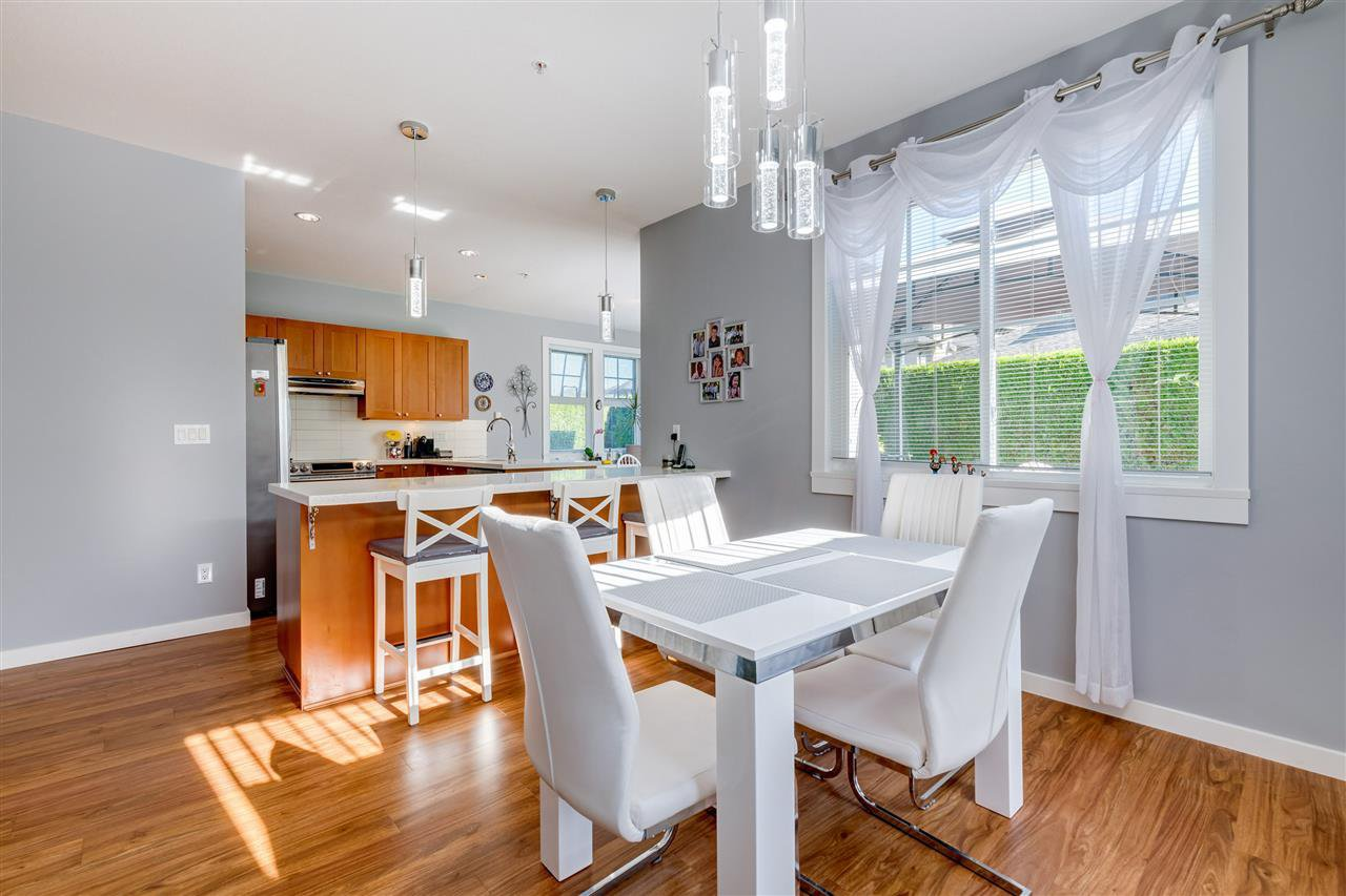 """Photo 12: Photos: 31 19452 FRASER Way in Pitt Meadows: South Meadows Townhouse for sale in """"Shoreline"""" : MLS®# R2476702"""