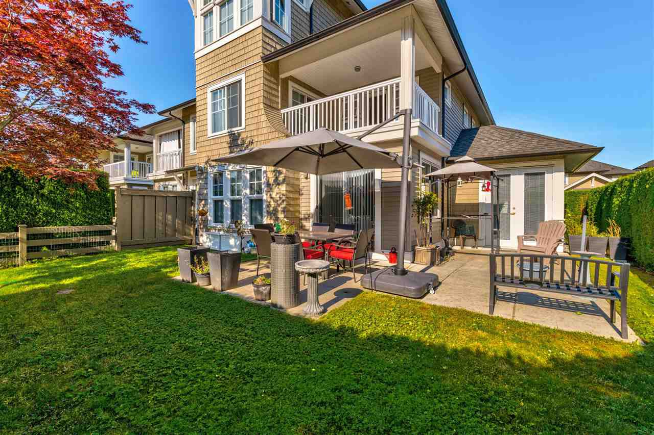 """Photo 14: Photos: 31 19452 FRASER Way in Pitt Meadows: South Meadows Townhouse for sale in """"Shoreline"""" : MLS®# R2476702"""
