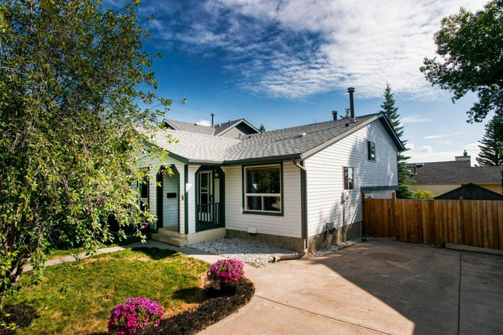 Main Photo: 8 STRATHCLAIR Rise SW in Calgary: Strathcona Park Detached for sale : MLS®# A1022810