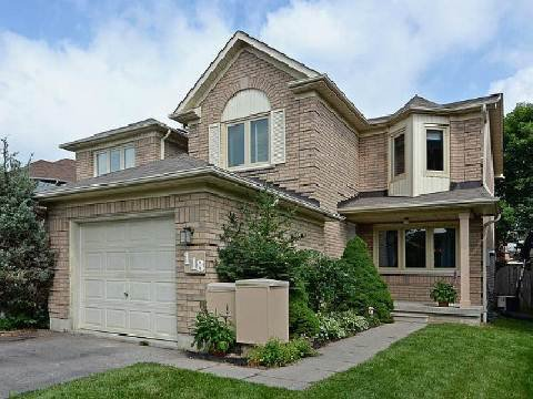 Main Photo: 118 White Pine Crest in Pickering: Highbush House (2-Storey) for sale : MLS®# E2688966