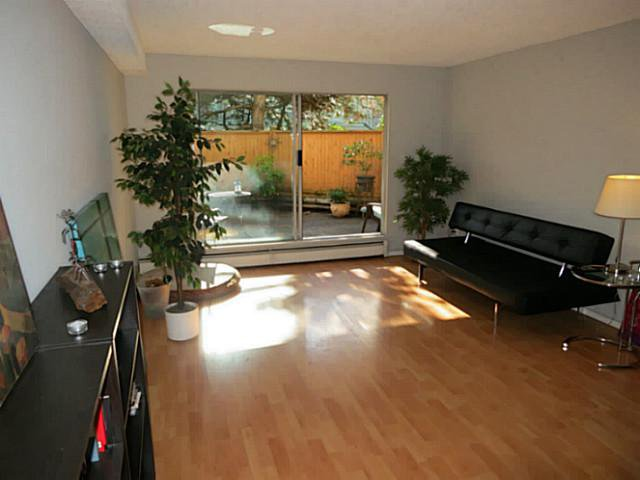 Main Photo: 108 809 W 16th Street in North Vancouver: Hamilton Condo for sale