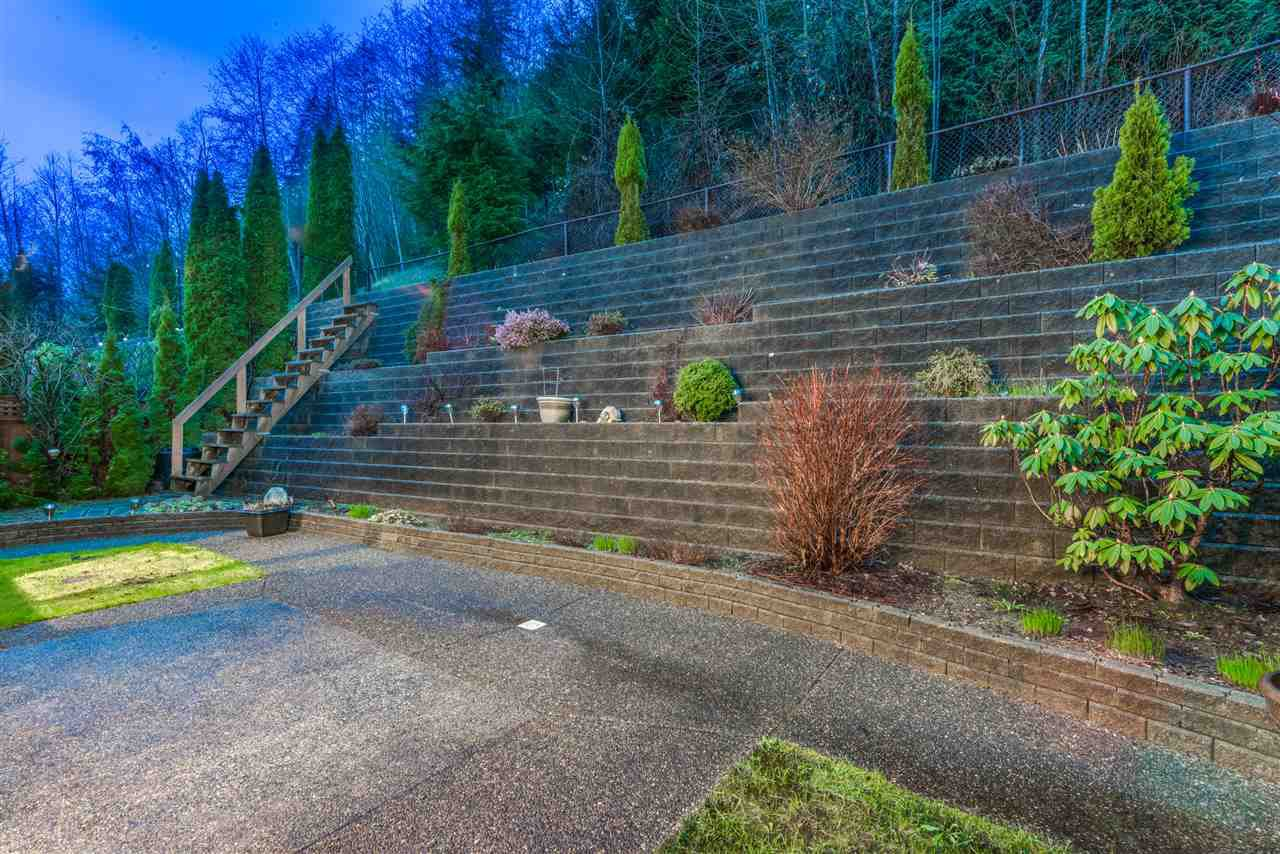 Photo 20: Photos: 3037 SIENNA COURT in Coquitlam: Westwood Plateau House for sale : MLS®# R2155376