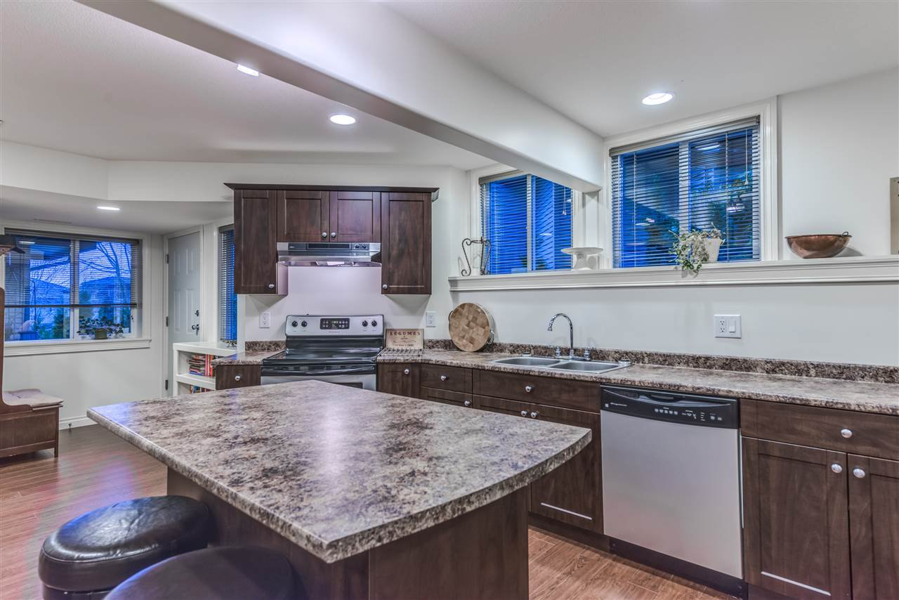 Photo 16: Photos: 3037 SIENNA COURT in Coquitlam: Westwood Plateau House for sale : MLS®# R2155376
