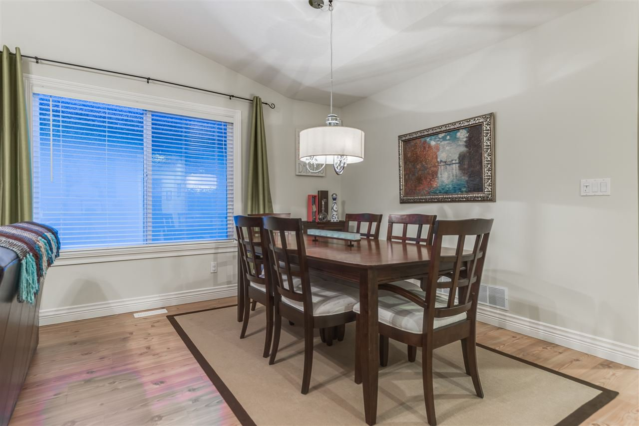Photo 4: Photos: 3037 SIENNA COURT in Coquitlam: Westwood Plateau House for sale : MLS®# R2155376