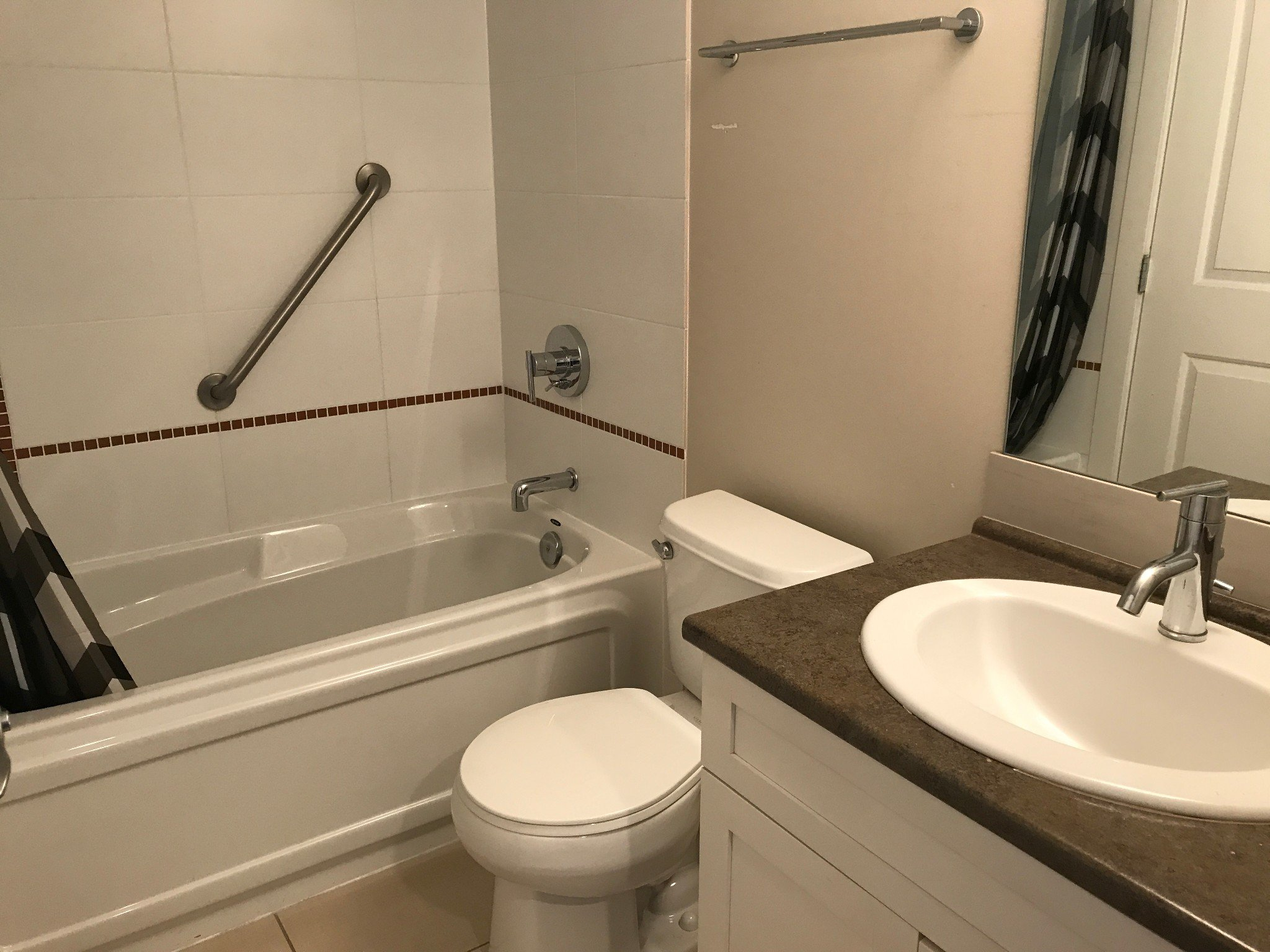 Photo 7: Photos: #312 46289 Yale Rd. in Chilliwack: Condo for rent