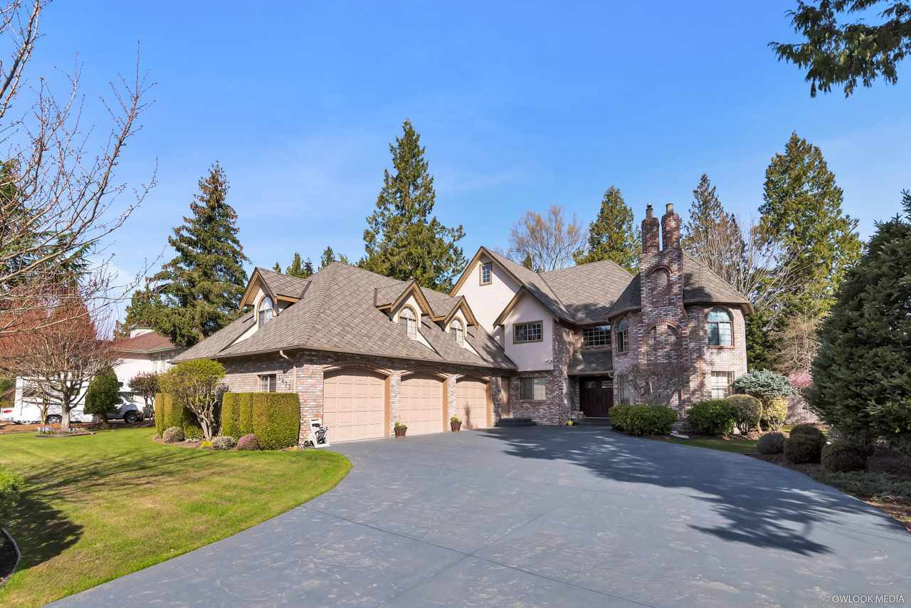 "Main Photo: 14329 30 Avenue in Surrey: Elgin Chantrell House for sale in ""ELGIN CHANTRELL"" (South Surrey White Rock)  : MLS®# R2402722"
