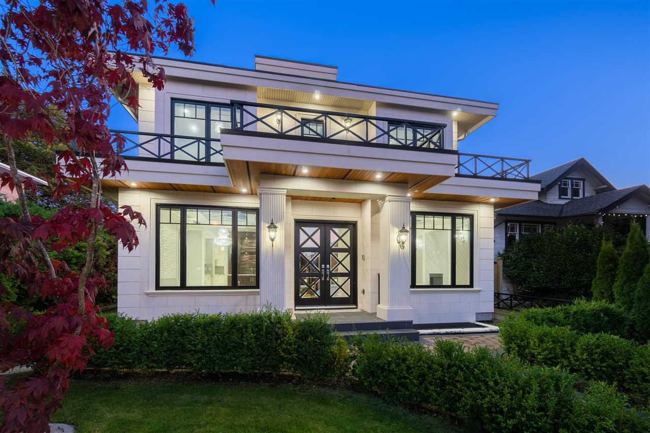 Main Photo: 4028 W 11TH Avenue in Vancouver: Point Grey House for sale (Vancouver West)  : MLS®# R2426148