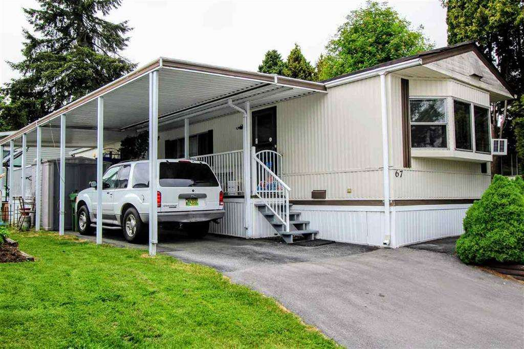 "Main Photo: 67 7790 KING GEORGE Boulevard in Surrey: East Newton Manufactured Home for sale in ""Crispen Bays"" : MLS®# R2439850"