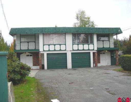 Main Photo: 9271 - 9273 152ND ST in Surrey: Fleetwood Tynehead Duplex for sale : MLS®# F2522984
