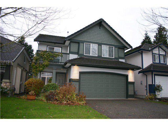 "Main Photo: 2923 PARANA Place in Port Coquitlam: Riverwood House for sale in ""RIVERWOOD"" : MLS®# V981525"
