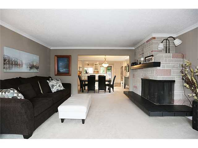 "Photo 5: Photos: 8616 ARMSTRONG AV in Burnaby: The Crest House for sale in ""CREST"" (Burnaby East)  : MLS®# V1027460"
