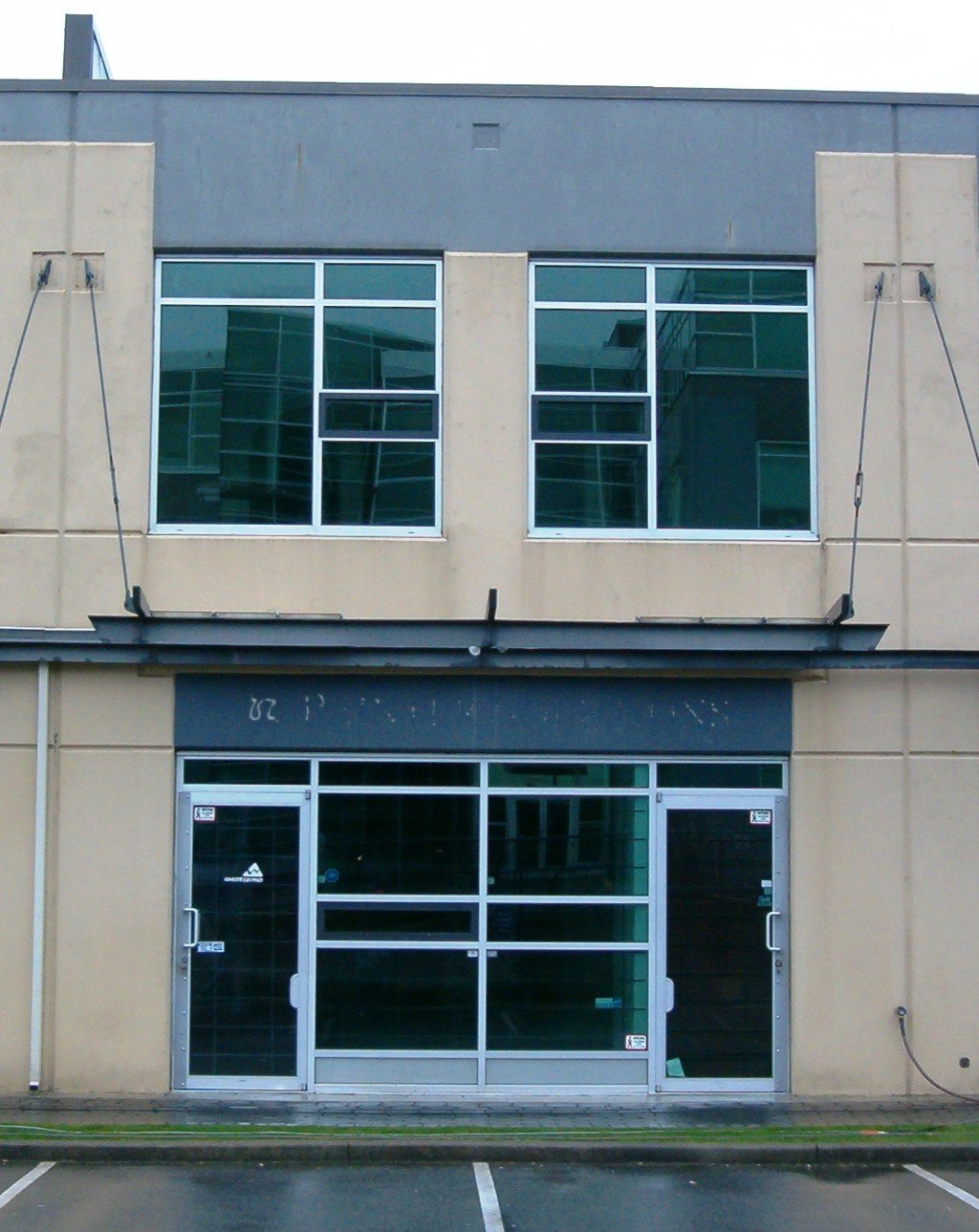 Main Photo: # 109 - 3993 Henning Drive in Burnaby: Central BN Industrial for lease (Burnaby North)
