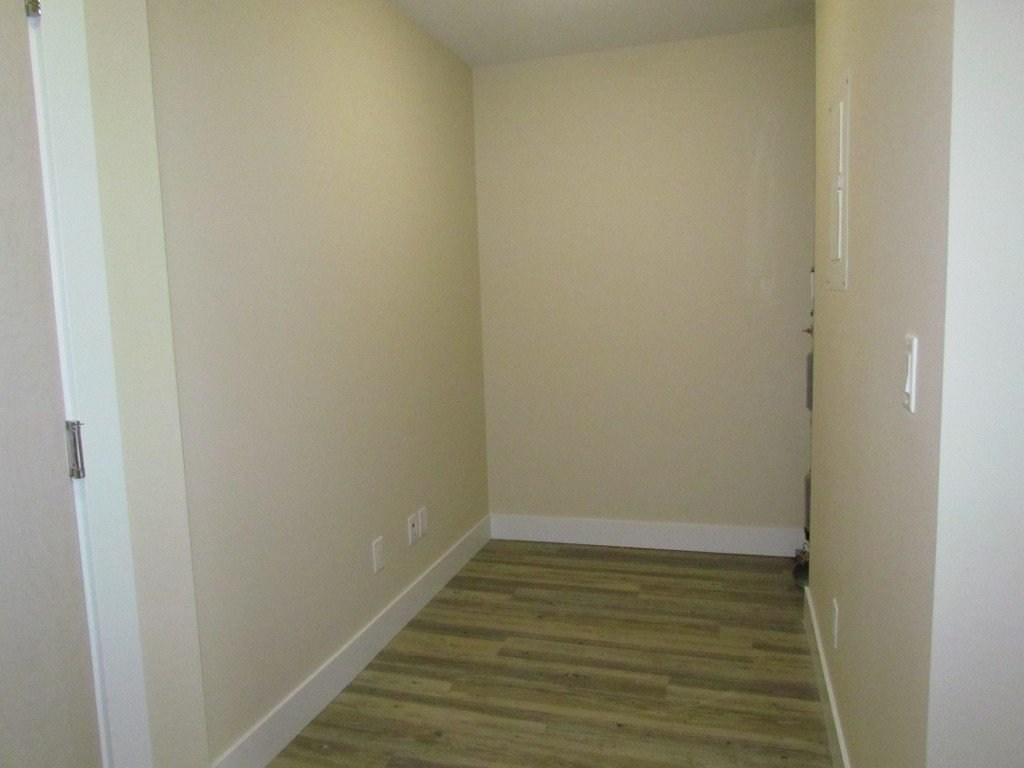 Photo 8: Photos: #303 2565 Campbell Ave. in Abbotsford: Central Abbotsford Condo for rent