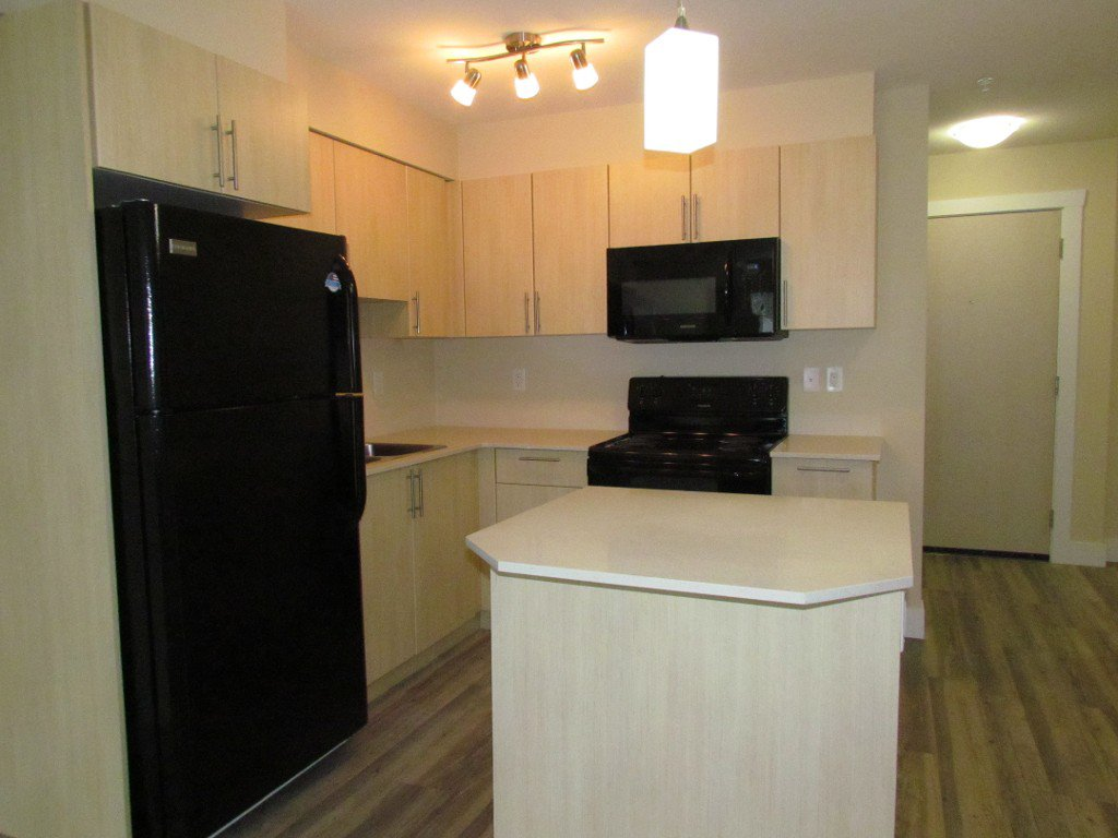 Photo 3: Photos: #303 2565 Campbell Ave. in Abbotsford: Central Abbotsford Condo for rent