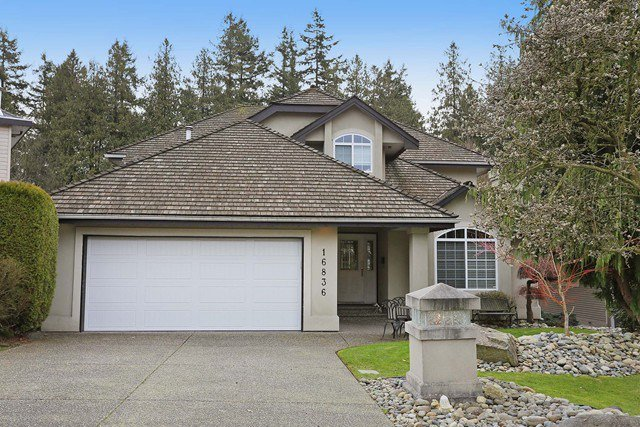 Main Photo: 16836 57a Avenue in Cloverdale: Cloverdale BC House for sale : MLS®# R2041109
