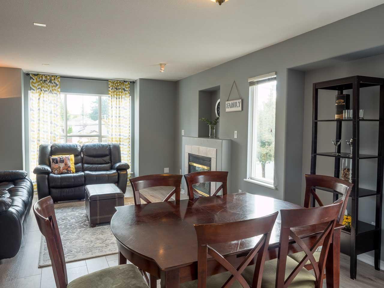 Main Photo: 11485 207 Street in Maple Ridge: Southwest Maple Ridge House for sale : MLS®# R2414171