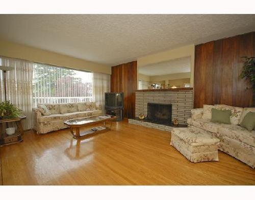 Photo 3: Photos: 2569 ANCASTER Crest in Vancouver East: Fraserview VE Home for sale ()  : MLS®# V704620