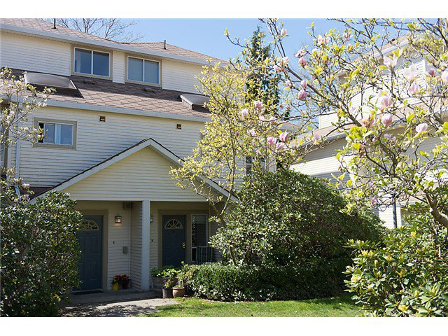 """Photo 10: Photos: 25 4319 SOPHIA Street in Vancouver: Main Townhouse for sale in """"Welton Court"""" (Vancouver East)  : MLS®# V1004878"""