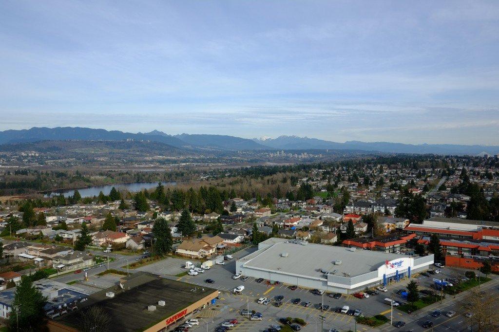 Photo 5: Photos: 2401 6540 Burlington Avenue in Burnaby: Metrotown Condo  (Burnaby South)  : MLS®# V1118433