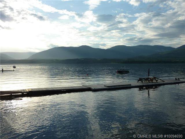 Photo 16: Photos: #4B 3935 Eagle Bay Road: Eagle Bay Townhouse for sale (Shuswap)  : MLS®# 10094690