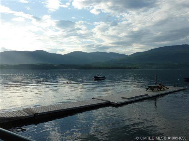 Photo 18: Photos: #4B 3935 Eagle Bay Road: Eagle Bay Townhouse for sale (Shuswap)  : MLS®# 10094690