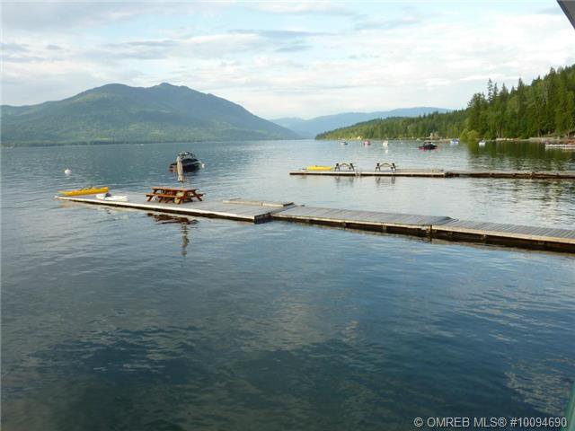 Photo 17: Photos: #4B 3935 Eagle Bay Road: Eagle Bay Townhouse for sale (Shuswap)  : MLS®# 10094690