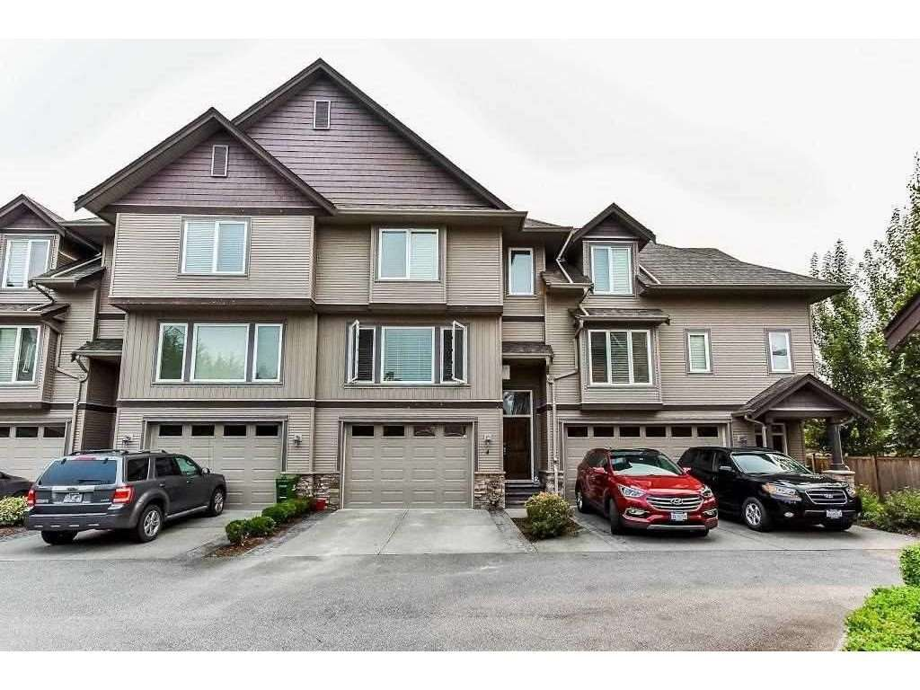 Main Photo: 4 8491 PIPER CRESCENT in Chilliwack: Chilliwack E Young-Yale Townhouse for sale : MLS®# R2377179