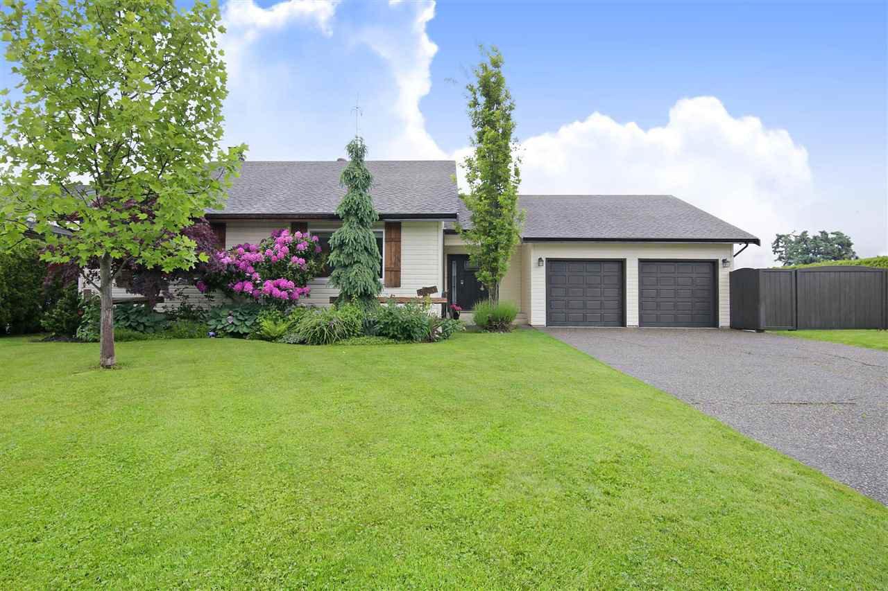 Main Photo: 6850 BRADA Street in Chilliwack: Sardis East Vedder Rd House for sale (Sardis)  : MLS®# R2471762