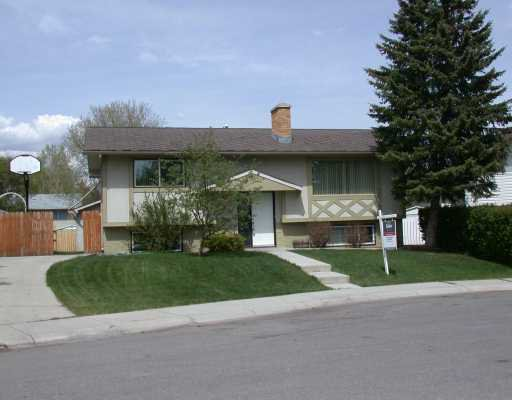 Main Photo:  in CALGARY: Braeside Braesde Est Residential Detached Single Family for sale (Calgary)  : MLS®# C3170574