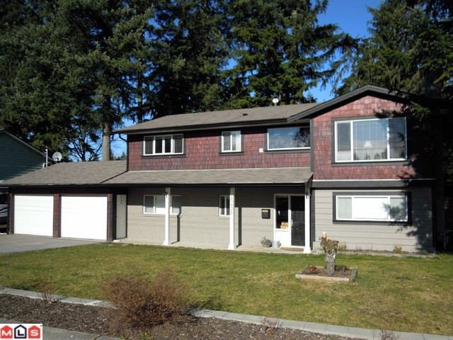 """Main Photo: 20621 44TH Avenue in Langley: Langley City House for sale in """"Uplands"""" : MLS®# F1203496"""