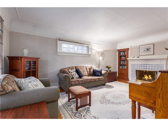 Photo 2: Photos: 3281 W 14TH AV in Vancouver: Kitsilano House for sale (Vancouver West)  : MLS®# V1044873