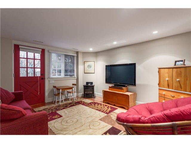 Photo 13: Photos: 3281 W 14TH AV in Vancouver: Kitsilano House for sale (Vancouver West)  : MLS®# V1044873