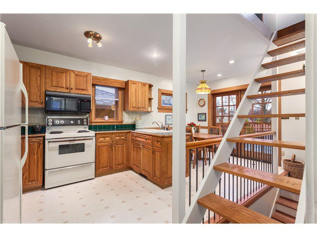 Photo 5: Photos: 3281 W 14TH AV in Vancouver: Kitsilano House for sale (Vancouver West)  : MLS®# V1044873