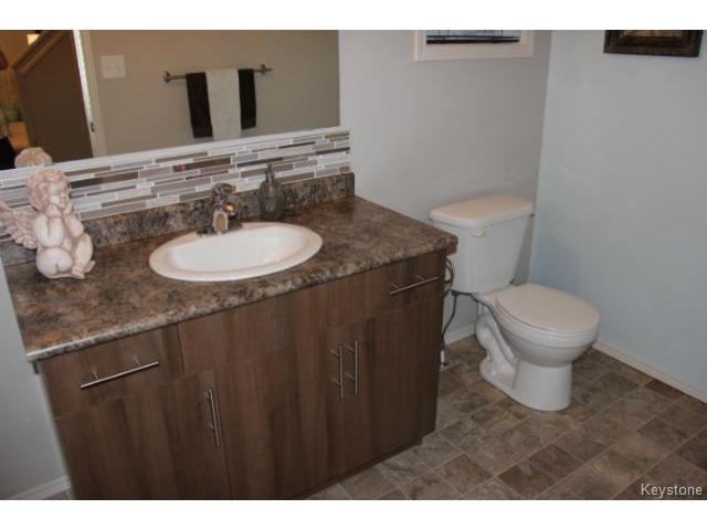 Photo 9: Photos: 63 Bill Blaikie Bay in WINNIPEG: Transcona Residential for sale (North East Winnipeg)  : MLS®# 1419228