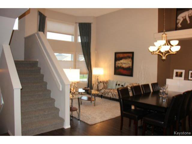 Photo 4: Photos: 63 Bill Blaikie Bay in WINNIPEG: Transcona Residential for sale (North East Winnipeg)  : MLS®# 1419228