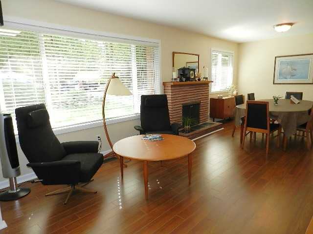 Photo 2: Photos: 546 E OSBORNE RD in North Vancouver: Upper Lonsdale House for sale : MLS®# V1087613