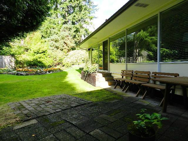 Photo 12: Photos: 546 E OSBORNE RD in North Vancouver: Upper Lonsdale House for sale : MLS®# V1087613